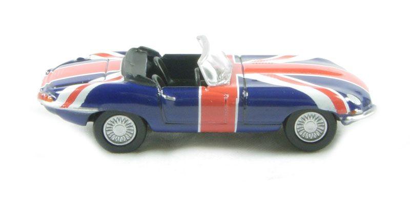 E-Type Jaguar S1 Austin Powers Union Jack Livery Oxford Diecast 76ETYP005