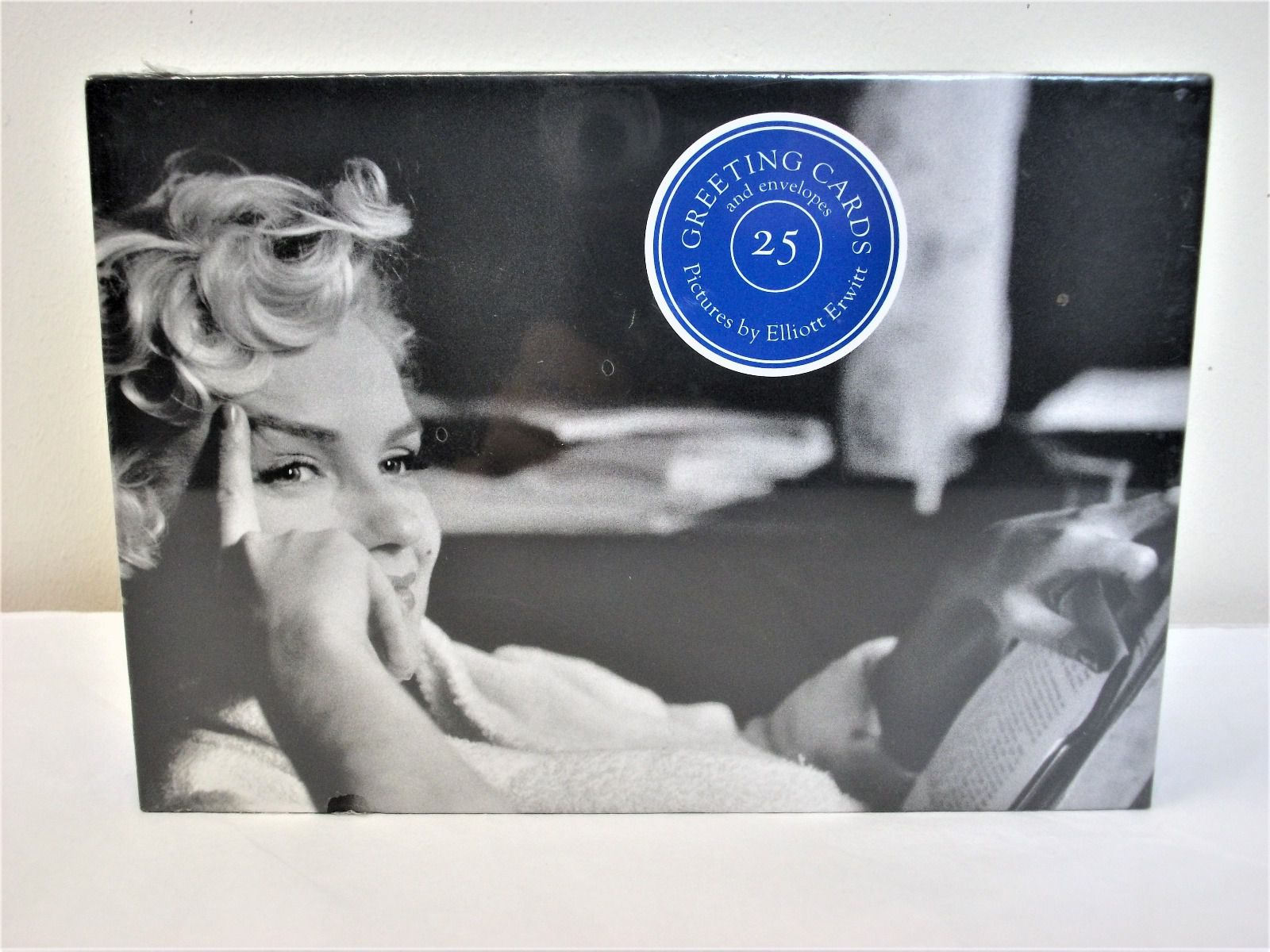 25 Greeting cards with Pictures by Elliott Erwitt