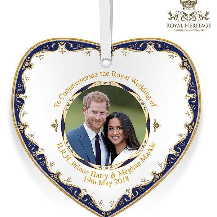 LP18087 Royal Wedding China Heart Plaque