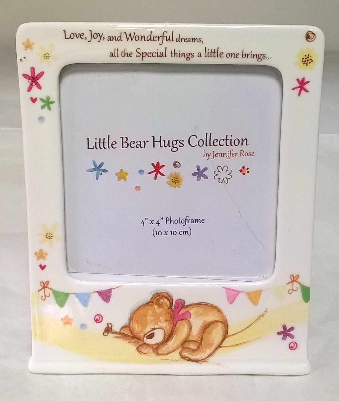 lp33242-little-bear-hugs-collection-photo-frame
