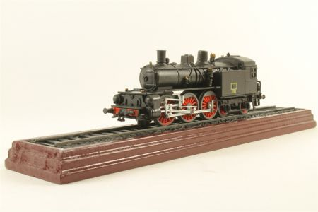Atlas Editions Mucca 500 Class Locomotive - Static Model