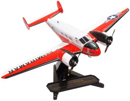 Oxford Diecast Beech UC-45J Expeditor 72BE003