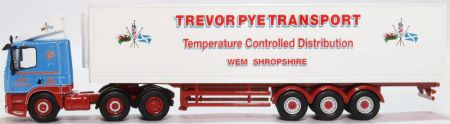 Oxford Diecast DAF 85 Short Fridge Trailer Trevor Pye 76DAF004