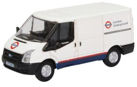76FT031 Ford Transit Mk5 SWB Low Roof London Underground by Oxford Diecast