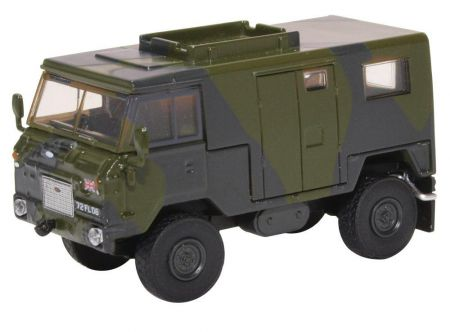 76LRFCS001 Land Rover FC Signals Nato Green Camouflage
