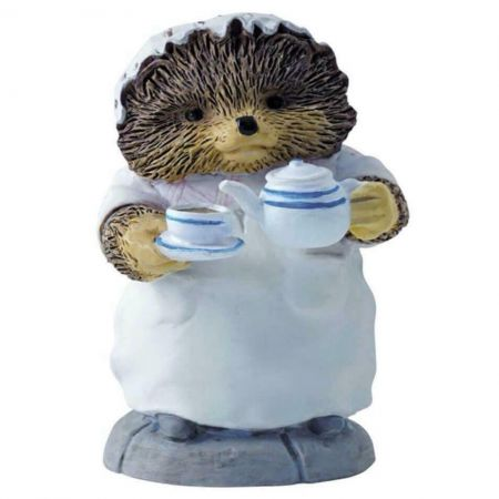 Mrs Tiggy Winkle Pouring Tea figurine Enesco A2351