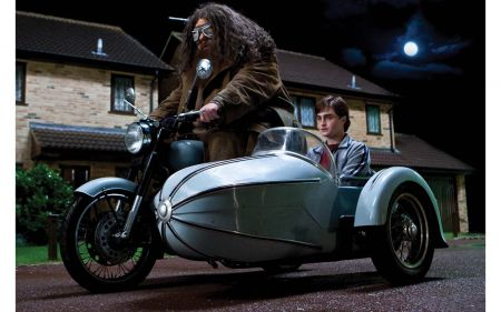 Corgi CC99727 Harry Potter Hagrid's Motorcycle & Sidecar