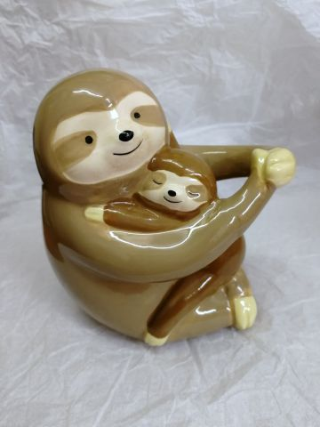 MB240 Sleepy Brown Sloth Mother And Baby Money Bank by Puckator