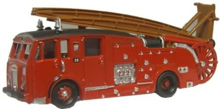 Oxford Diecast London Dennis F12 Fire Engine NDEN001