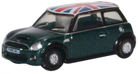 NNMN005 New Mini British Racing Green and Union Jack