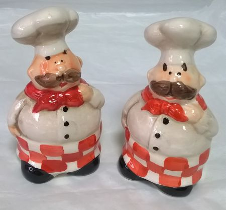 4058 Jolly Chefs Salt and Pepper Set by Giftworks