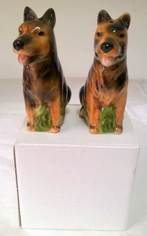 SP24  Lisa Parker German Shepherd Salt and Pepper shakers