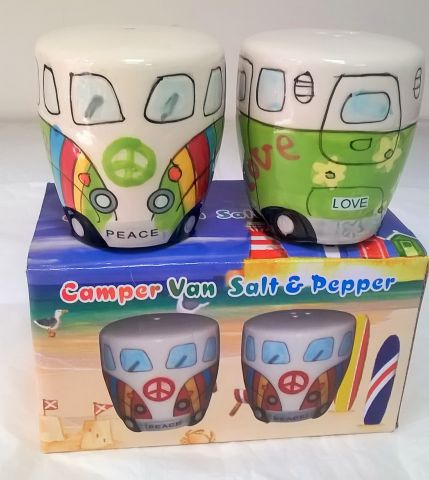 LP20042 VW Camper Van Salt and Pepper Shakers
