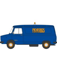 76SHP004 Sherpa Van Pickfords