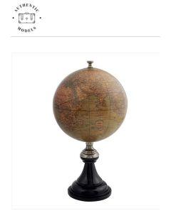 GL044 Versailles Globe