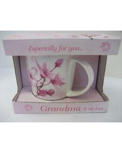 Grandma with love Fine China Mug by Jennifer Rose LP33134