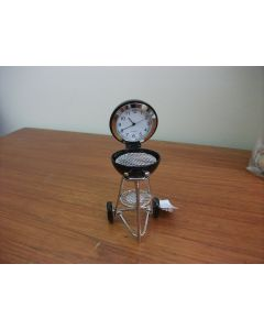 Weber Barbecue Miniature Clock by Shudehill Gifts 296326