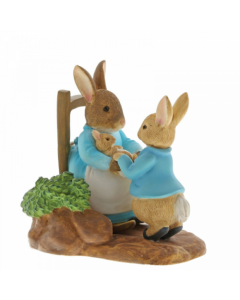 Beatrix Potter At Home with Mummy Rabbit Miniature Figurine by Enesco A29862