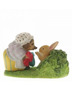 Beatrix Potter Mrs Tiggy-Winkle Returning Peter's Laundered Jacket by Enesco A29863