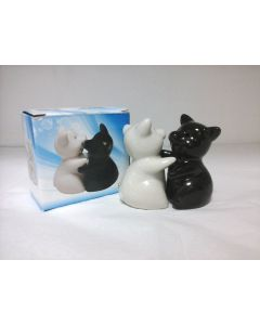 SP05 Black & White Hugging Pigs Salt and Pepper Shakers by Puckator