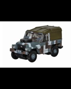 Oxford Diecast Land Rover Lightweight Berlin Scheme NLRL004