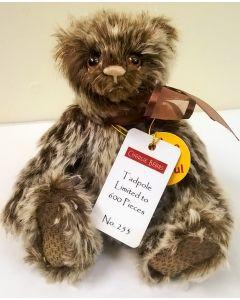 MM195830C Tadpole Minimo Bear Mohair Charlie Bears